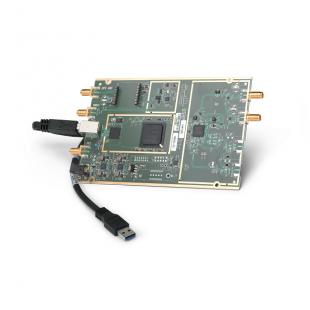 Комплект USRP B200 SDR Kit – одноканальный приемопередатчик (70 МГц - 6 ГГц) - Ettus Research