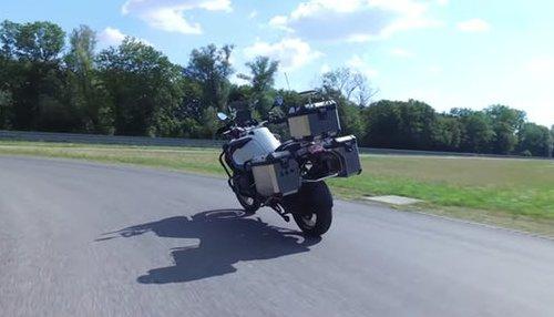 Опытный образец мотоцикла робота